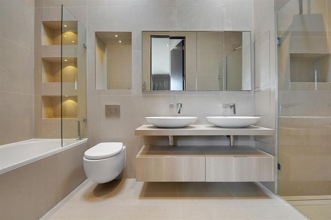 Bathroom of Gunnersbury Mews, Chiswick, London W4