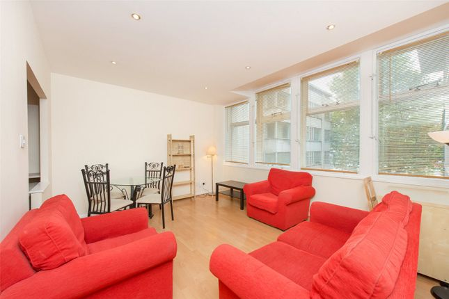 Thumbnail Flat for sale in South Block, Metro Central Heights, Elephant And Castle