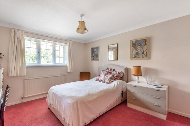 Bedroom of Milton Close, Henley-On-Thames RG9