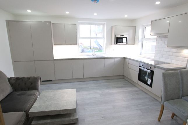 Thumbnail Flat to rent in High Cross Road, London