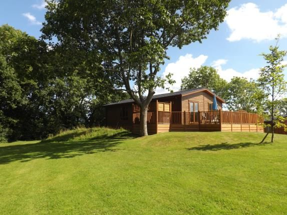 Thumbnail Property for sale in Finlake Holiday Park, Chudleigh, Devon