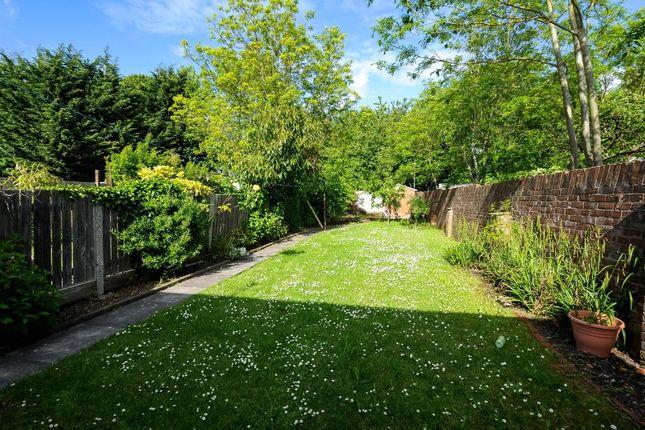 Garden View of Dean Drive, Stanmore HA7