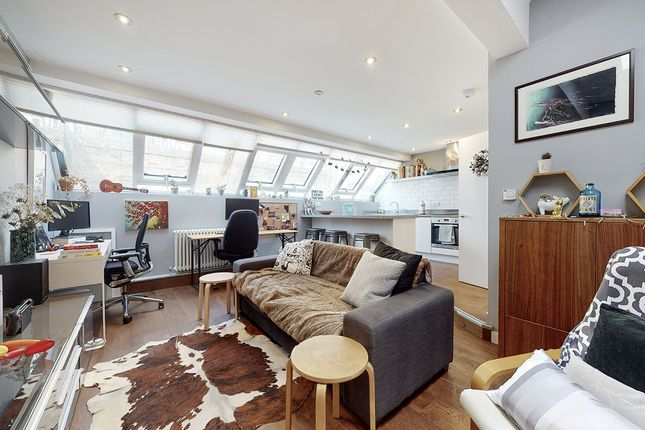 Thumbnail Flat to rent in Millers Terrace, London