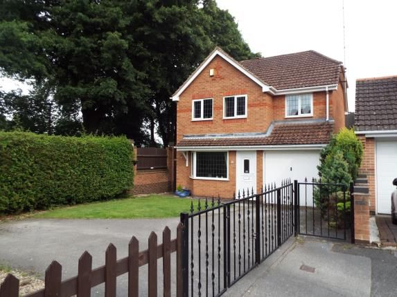 Thumbnail Detached house for sale in Tree View Close, Arnold, Nottingham
