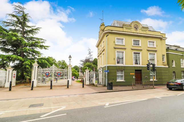 Thumbnail Flat for sale in Upper High Street, Taunton