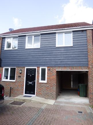 3 bed detached house to rent in Edinburgh Way, Pitsea SS13