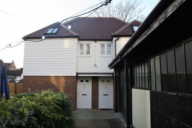 Thumbnail Semi-detached house to rent in East Street, Tonbridge