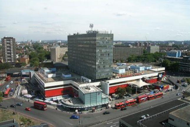 Office to let in Elephant & Castle, London