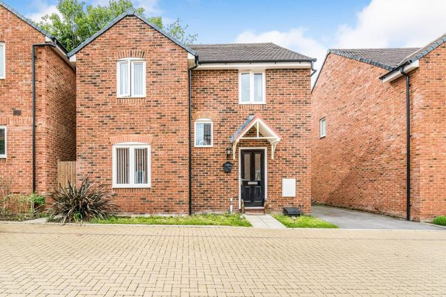 Thumbnail Detached house to rent in Sandsdown Close, High Wycombe