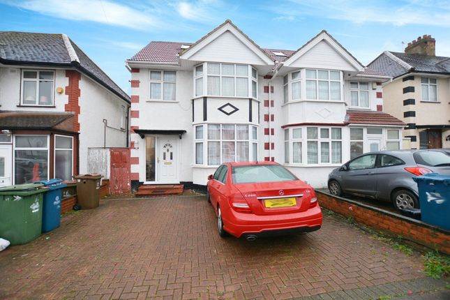 Thumbnail Semi-detached house to rent in Barnetts Court, Corbins Lane, Harrow
