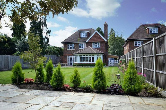 Thumbnail Detached house to rent in Heathside Park Road, Woking