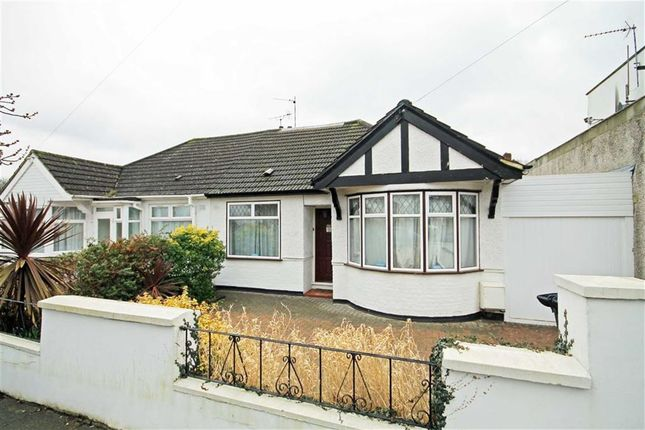 Thumbnail Bungalow to rent in Farndale Crescent, Greenford