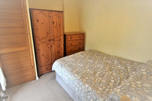 Bedroom 2 of Jones Street, Blaenclydach, Tonypandy CF40