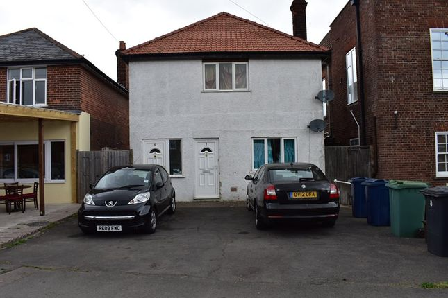 Thumbnail Flat to rent in St Bell, Prince Risborough