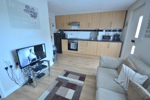 Thumbnail Flat to rent in Onyx Drive, Sittingbourne