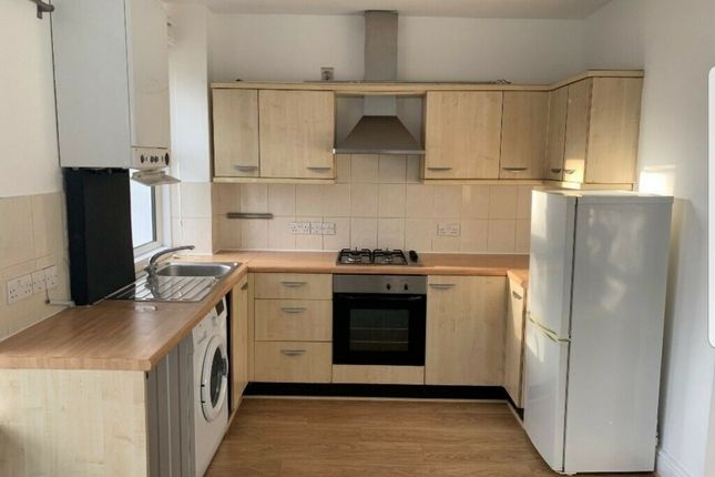 Thumbnail Flat to rent in Northfield Avenue, West Ealing