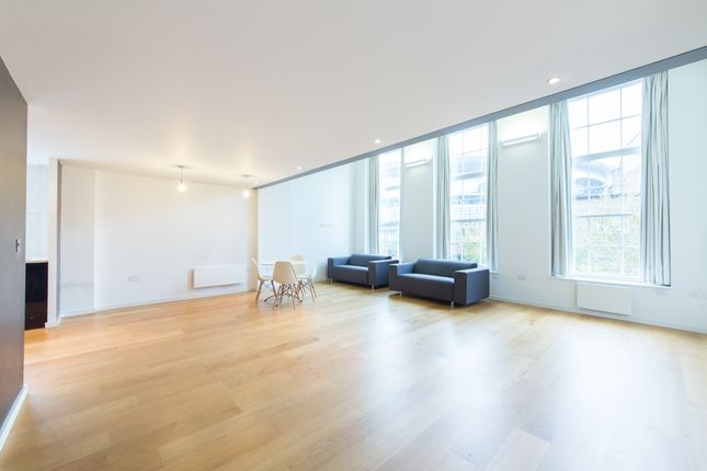 Thumbnail Flat for sale in Hornsey Road, Islington, London
