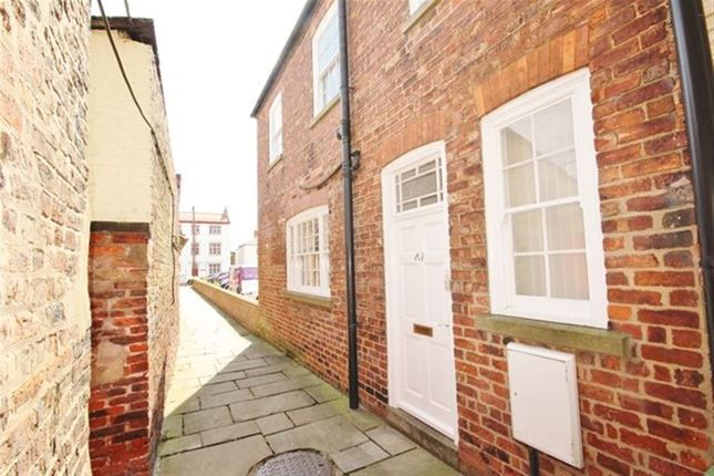 Thumbnail Flat to rent in Market Place, Howden, Goole