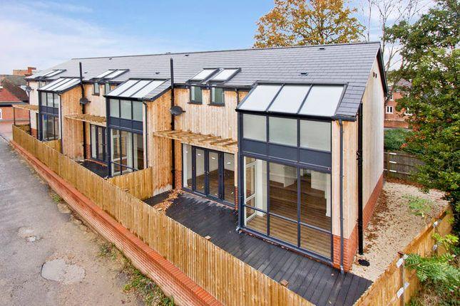 Thumbnail Terraced house for sale in High Sreet, Edenbridge