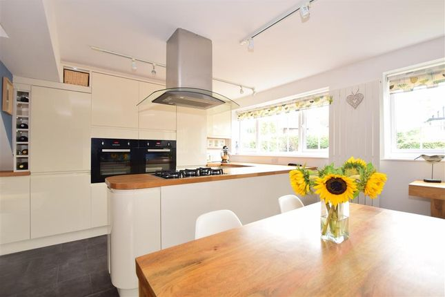 Thumbnail Detached house for sale in Cliff Road, Broadstairs, Kent