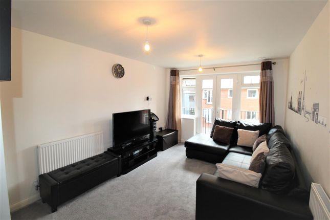 Thumbnail Flat for sale in John Street, Luton