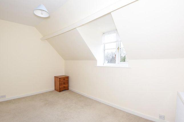 Bedroom of West End, Witney OX28
