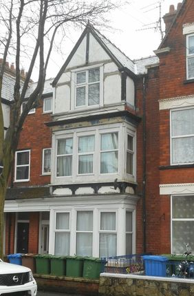 Thumbnail Flat to rent in Flat 2, 24 Turmer Avenue, Bridlington