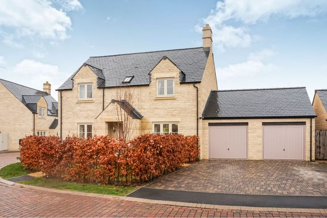 Thumbnail Detached house for sale in Pips Field Way, Fairford
