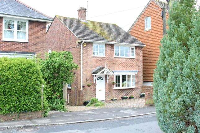 Thumbnail Detached house for sale in Fairview Road, Hungerford