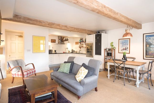 Thumbnail Flat to rent in Park Square North, Leeds, West Yorkshire