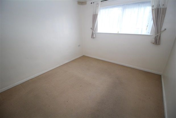 Bedroom of Kipling Drive, Blackpool FY3