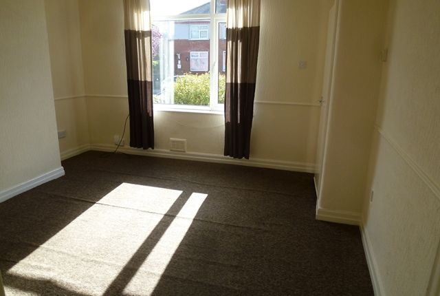 3 bed end terrace house for sale in Green Lane, Middleton, Manchester