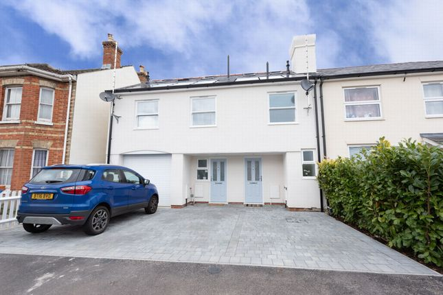 Thumbnail Terraced house to rent in Cross Street, North Camp