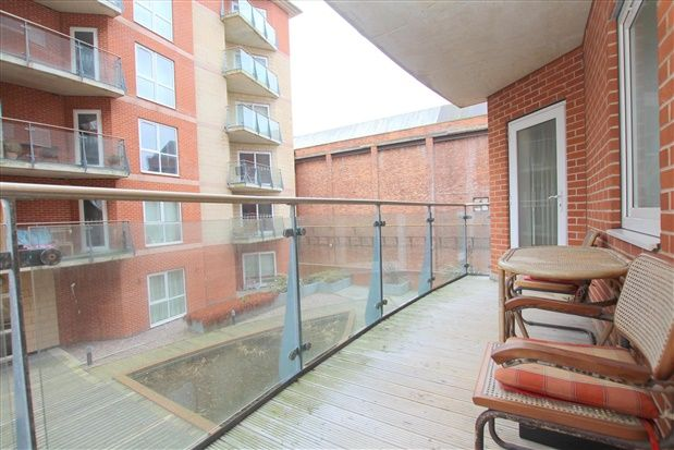 Commercial Property To Let In Southport