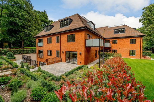 3 bed flat for sale in Birchcroft, Brockenhurst Road, Ascot, Berkshire SL5