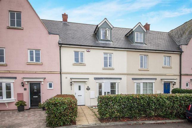 Thumbnail Terraced house for sale in Battle Rise, Heybridge, Maldon