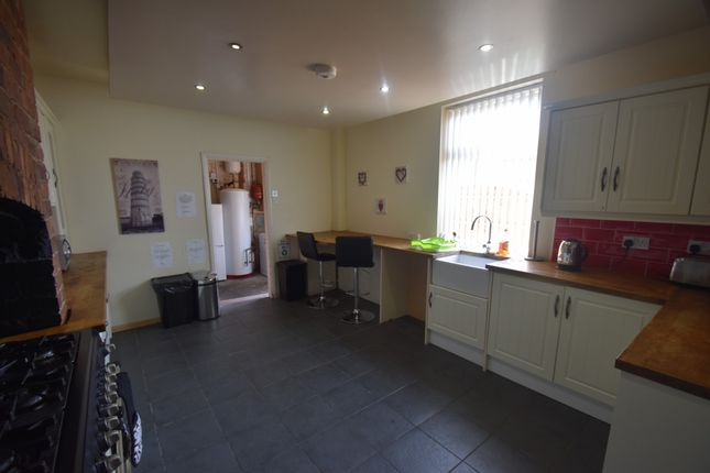 Thumbnail Room to rent in Whelley, Wigan WN1, Wigan,