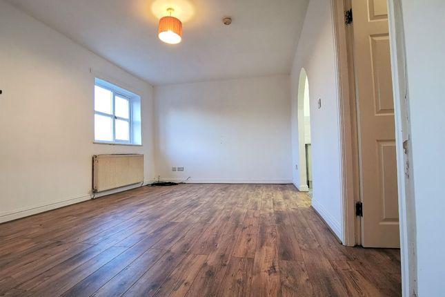 Living Room of Essoldo Close, Gorton, Manchester M18