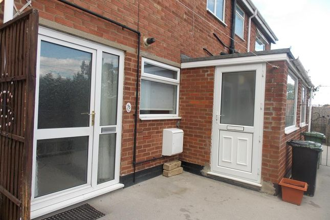 Thumbnail Maisonette to rent in Coniston Avenue, Scartho, N E Lincolnshire