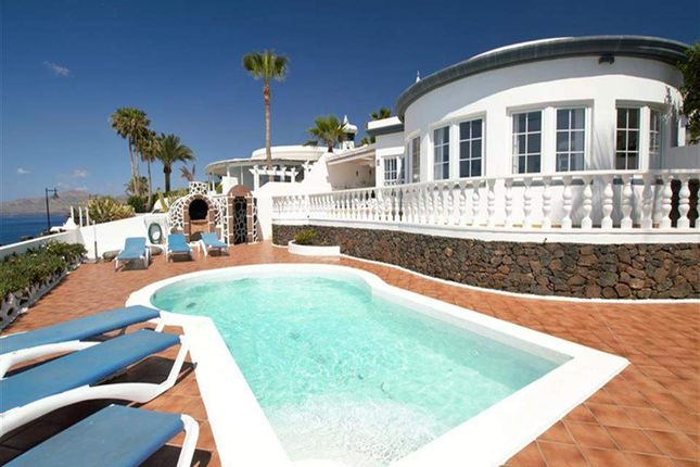 3 bed villa for sale in Puerto Del Carmen, Lanzarote, Spain