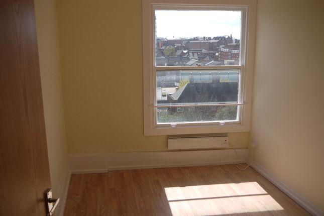 Thumbnail Flat to rent in Bath Street, Nottingham
