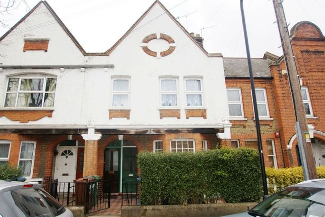 2 bed maisonette to rent in Carr Road, Walthamstow, London