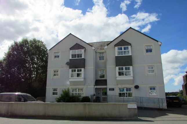 Thumbnail Flat to rent in Church Street, Callington