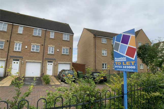 Thumbnail Town house to rent in Hargate Way, Hampton Hargate, Peterborough, Cambridgeshire