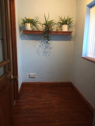 Thumbnail Room to rent in Chantry Avenue, Bloxwich, Walsall WS33Ex
