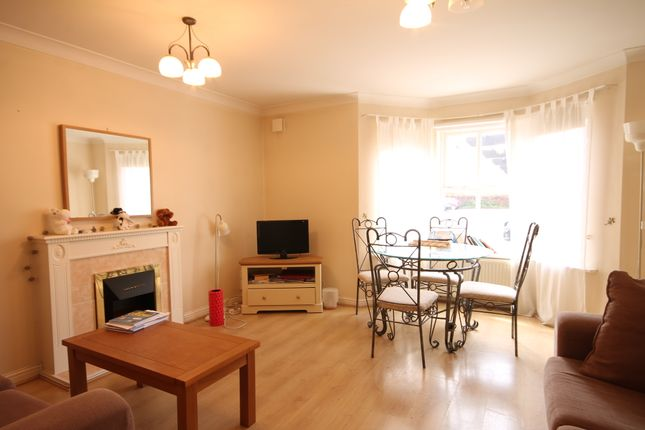 2 bed flat to rent in Sovereign Court, Jesmond, Newcastle Upon Tyne
