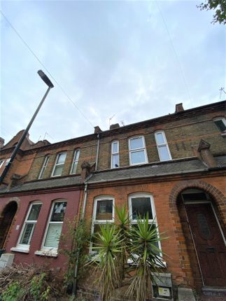 Thumbnail Terraced house to rent in Lymington Avenue, Wood Green, London