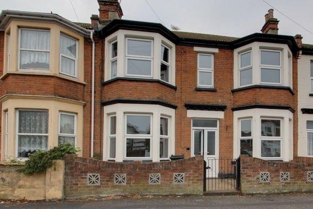 Thumbnail Detached house to rent in West Avenue, Clacton-On-Sea