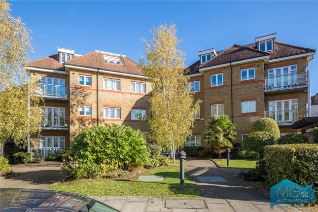 Picture No. 13 of Burberry Court, 15 Etchingham Park Road, Finchley, London N3