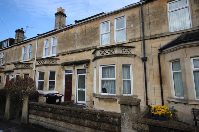 Thumbnail Terraced house to rent in Lyndhurst Road, Bath